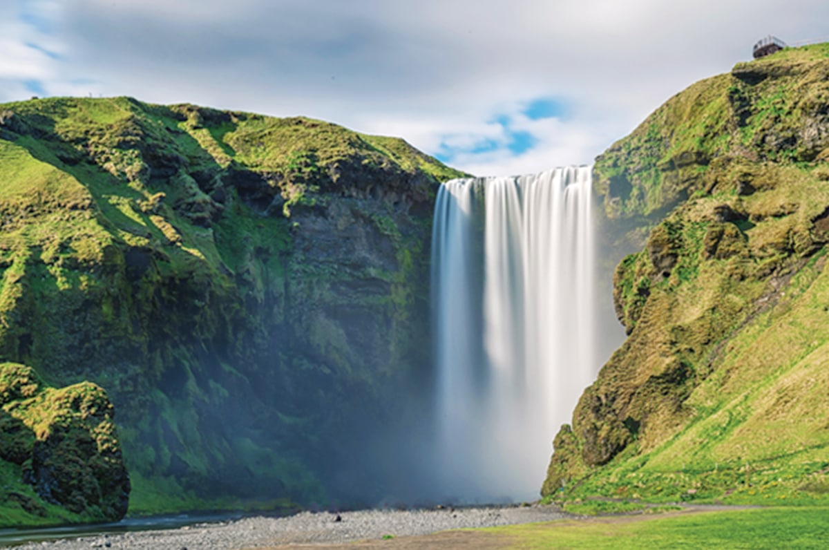 Iceland Study Abroad Program - Sessions College