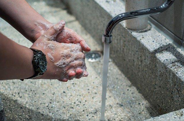 washing hands CORONAVIRUS